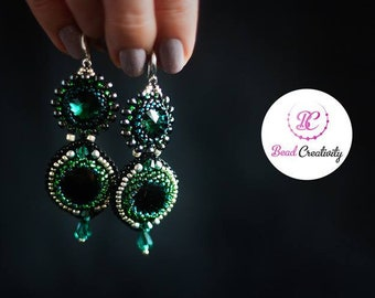 Earrings. Mothers day gift for her, Emerald green beaded earrings, long statement earrings for prom wedding, unique birthday gift for sister