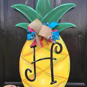 Pineapple door hanger family sign welcome sign hey y/'all sign