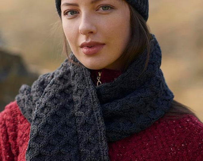Charcoal 100% Wool Hat- Irish Honeycomb Aran Stitch Pattern - Unisex Hat Beanie