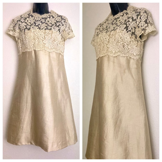 1950s Lee Claire champagne gold beige floral lace