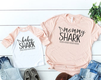 5a450f569ab5 Mom and baby shirts