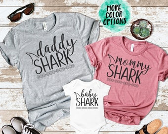 8d813291 Mommy Daddy Baby Shark DO DO DO Matching Shirts Matching Mommy and Me  Shirts Mommy and Me Outfits Matching Family Shirts Photos Shark Family