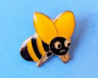 BUMBLE BEE PIN / vintage bumblebee pin 80s pin 80's pin hat tac tie tac pinback button jacket pin enamel pin gift present lapel pin cute pin