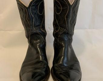 Vintage 1970's/80's men's western cowboy boots. Size 11.5 D.