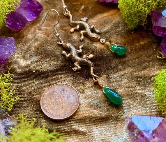 SKJELL ~ Lizard earrings with Chromium Diopside