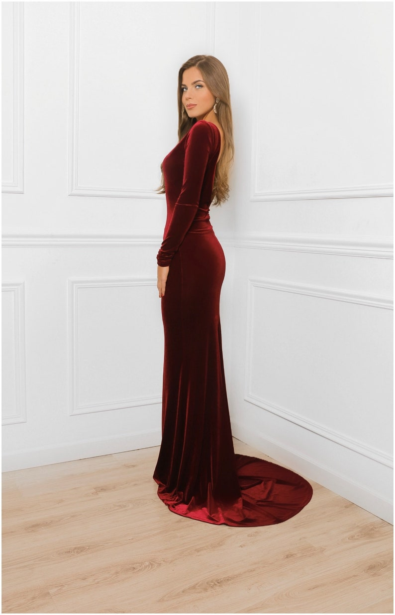 3a2fa13b02ba Deep Open Back Burgundy Velvet Bodycon Maxi Dress   With Train