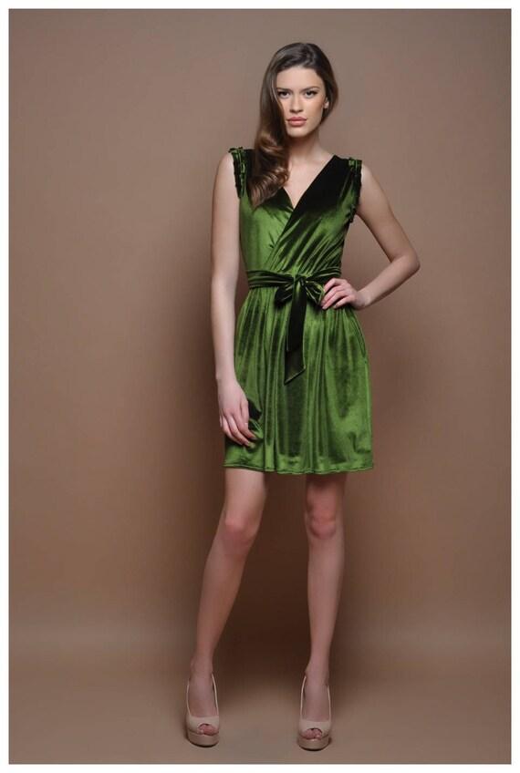 Samt Heimkehr Wrap Hals ärmellose kurze grüne Partei Kleid mit