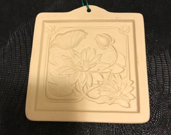 Vintage Handpainted Water Lily Holiday Brown Bag Cookie Mold Cookie  Stamp Press  Country Kitchen Shabby Chic Decor 1995 Hill Design