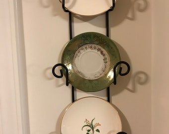 Vintage Wall Plate Display - Set of 3 Vintage Plates in Shades of Green - Farmhouse Country Chic Porcelain Handpainted Plates