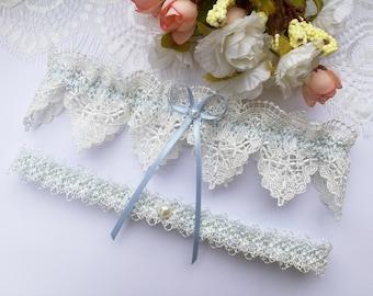 Something blue wedding garter set, ivory venise lace garter set, ivory garter set, blue garter set, pearl garter set, bridal garter set