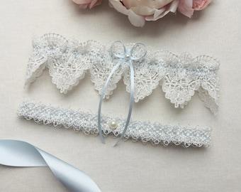 Something blue wedding garter set, ivory venise lace garter set, bridal garter set with pearls