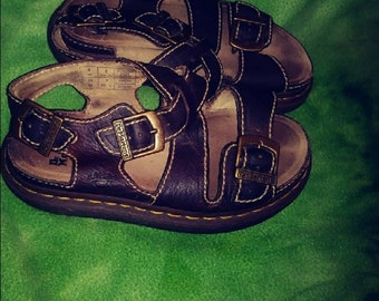 Size 7 US Docs Doc Dr Martens Sandals in great condition