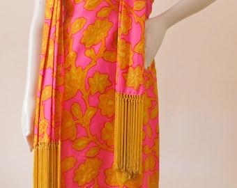 Early Vintage 1960s Adele Simpson Bold Floral Print  Silk Shift Dress w/ Dramatic Fringe Shawl