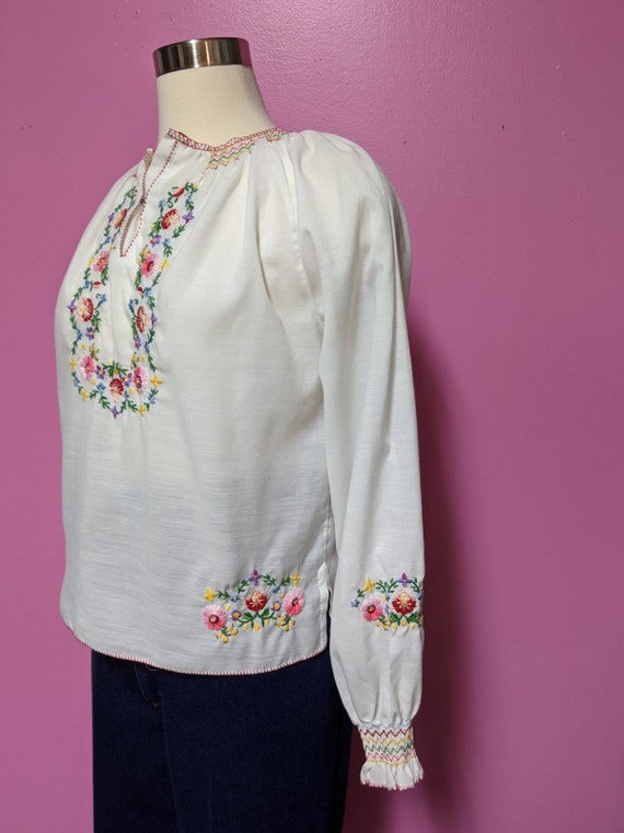 Hungarian Folk Embroidered Blouse/Size XS/S/Peasa… - image 6