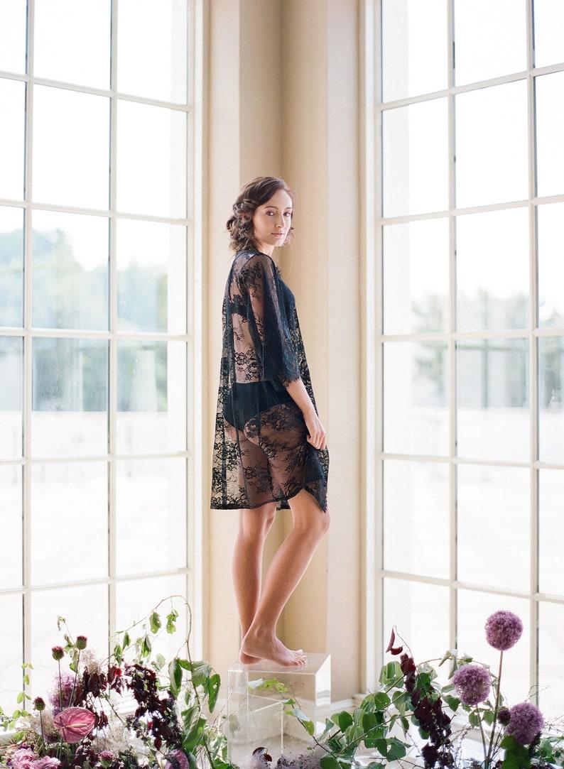 VICTORIA lace robe Black Chantilly lace robe bridal lace  0cc61b0b6