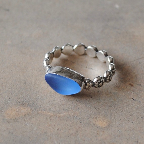 Sterling Silver Bezel Genuine Sea Glass Ring with Sterling Silver Daisy Band