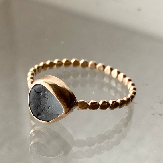 Sea Glass Ring . 14k Gold Sea Glass Ring . Size 9 . Ready to Ship