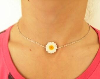 Daisy choker daisy necklace daisy pendant polymer clay jewelry wedding jewellery daisy jewelry gift for her chamomile jewelry white flower