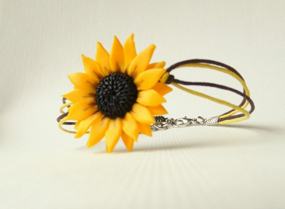 Yellow Flower Pendant Dainty Sunflower Necklace Handmade from  Polymer Clay Flower Girl Proposal Gift Spring Jewelry for Women
