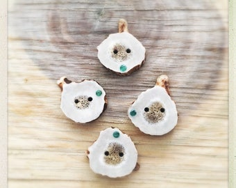 Antler with emerald stones button set of 4