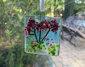 Flower suncatcher, fused glass flower suncatcher, Pink alium flower suncatcher