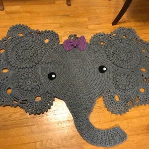 Elephant doily, desiged by Dawn Ledbetter | Knit crochet, Doilies ... | 300x300