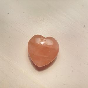Rose Quartz Heart AAA photo