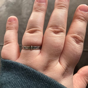 Claires Outlander Hammered Wedding Ring Penannular Sterling Silver Unisex 6.5mm Wedding Band