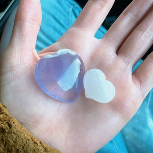 Rose Quartz Puffy Stone Shaped Heart K100 photo
