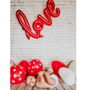 Bright Christmas Presets, Photo presets for Lightroom Mobile, Light Mobile Presets for bloggers Instagram by Lou Marks Winter Wonderland photo