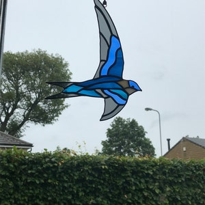 Preorder Cornflower Blue and Teal Blue Stained Glass Swift Vintage Style Swift Decoration Soaring Bird Suncatcher Bluebird Gift to Lover