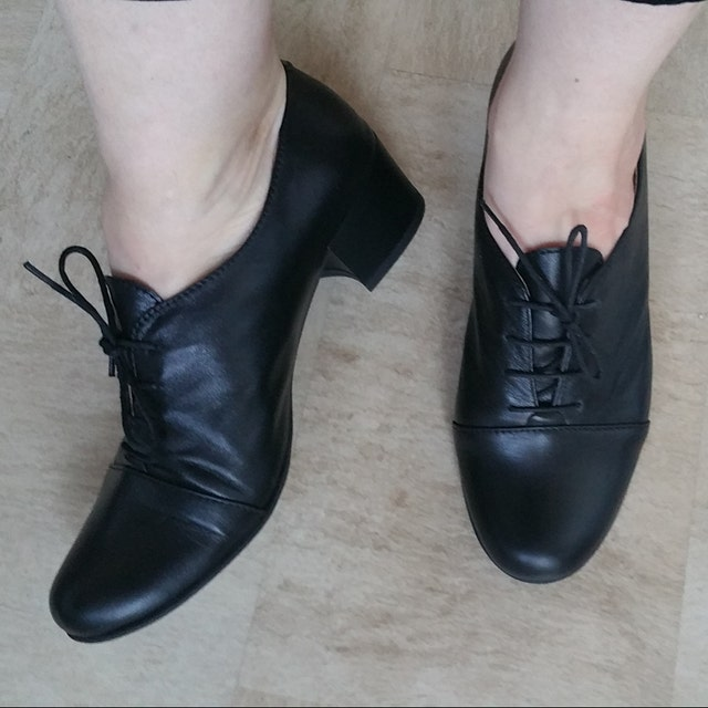 Titanic Edwardian Shoes – Make or Buy Vienna - Oxford Pumps Womens Oxfords Casual Shoes Black shoes Heeled Oxfords Low heel Chic Shoes FREE customization!!! $130.50 AT vintagedancer.com
