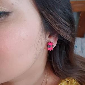 Ella Ruiz added a photo of their purchase