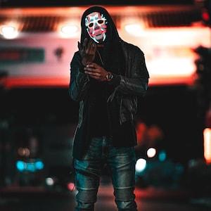 DEADSHOT Style~ LED Light Up Mask,El Wire,Rave Mask,Handmade,Purge Mask,Glow,Futuristic,Neon,Festival,Halloween,villain,Cosplay,dc,Comic Con