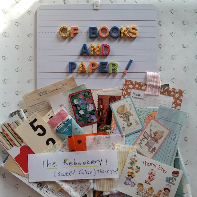 Of books and paper- Marcela Ortiz added a photo of their purchase