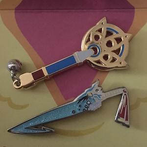 Final Fantasy Weapons Enamel Pins FF7 Buster Sword FF8 Gunblade FFX Brotherhood Yuna Staff FFXIII Lightning Gunblade