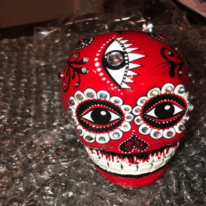 Elisa Garcia added a photo of their purchase