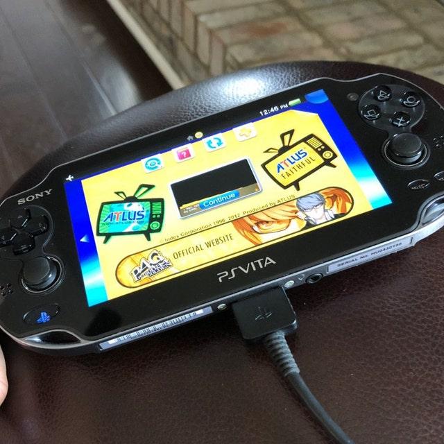 PS vita 1000 Henkaku Wifi psp modded hack retro game console ps 1 collection Gbc Gba 64gb sdvita kof95
