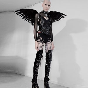 ZUCKER\u00ae Feather Place Original Designs Premium Fantasy Feather Costume /& Cosplay Wings Natural OverShoulder Pheasant Feather Wings