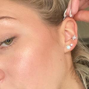 Star Ear Cuff No Piercing • starburst ear cuff • starburst conch cuff • ear cuff non pierced • fake helix piercing • ear cuffs • cartilage photo