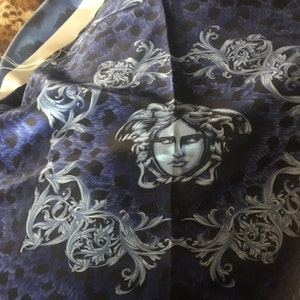 AUTHENTIC VERSACE MEDUSA HEAD POP ART PRINT FLANNEL FOOTER FABRIC