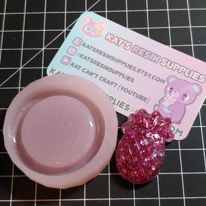 Small Circular Shaker Rubber Mold Opaque Made in America