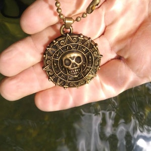 Pirates of the Caribbean Jewelry Pirate Skull Hot Necklace 18 \u2018\u2019 Aztec Coin Necklace