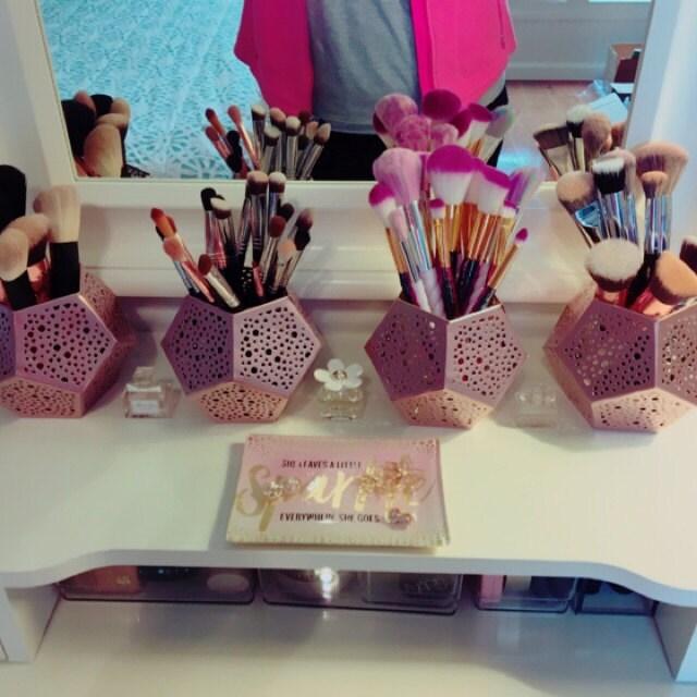 Pauline Thamsiri added a photo of their purchase