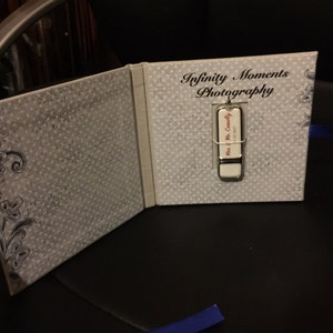 Roberta Lescikauskaite added a photo of their purchase