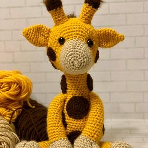Patrón jirafa amigurumi | 300x300