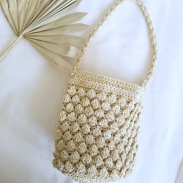 70s Clothes | Hippie Clothes & Outfits Raffia bag crochet little bag basket bag summer bag beach shopper grocery bag french bag festival bag straw shoper folk bag $48.00 AT vintagedancer.com