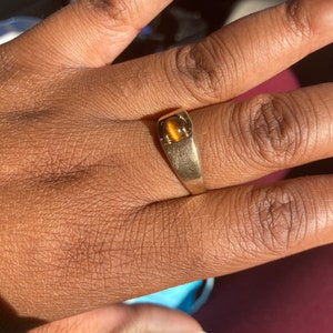 Aysha campbell added a photo of their purchase