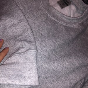 Saraí Fernandez added a photo of their purchase