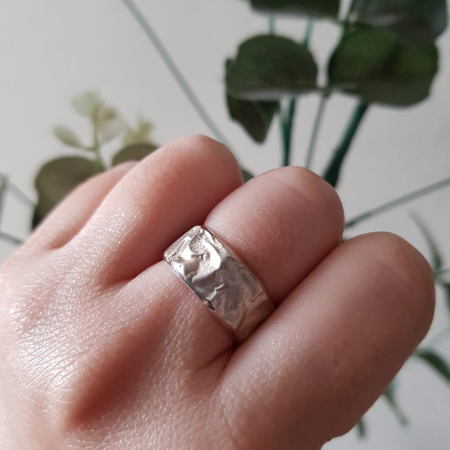 perli Karabelnik added a photo of their purchase